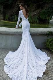 انتبهى قبل ارتداء فستان الزفاف مكشوف الظهر