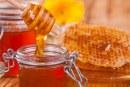 إضافة العسل إلى المشروبات الدافئة يشكل خطرا على الصحة